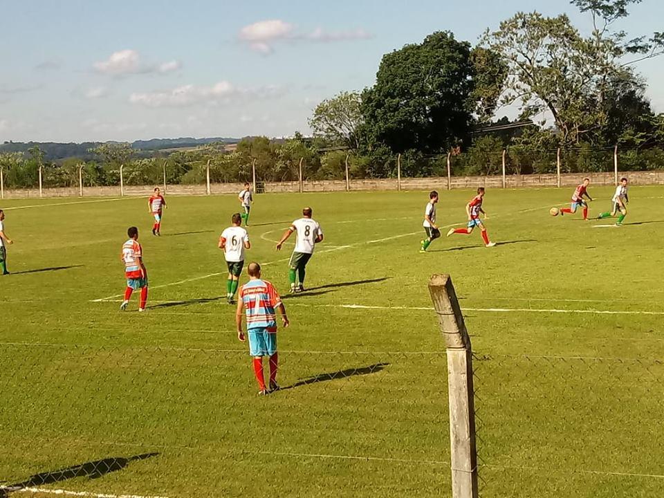391fa0967438e Confira o resultado da quinta rodada do Campeonato Municipal de Futebol de  Campo de Cotiporã