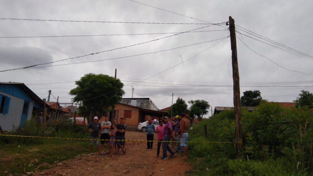 Homem morre eletrocutado em Passo Fundo | Rádio Studio 87.7 FM - Rádio Studio 87.7 FM